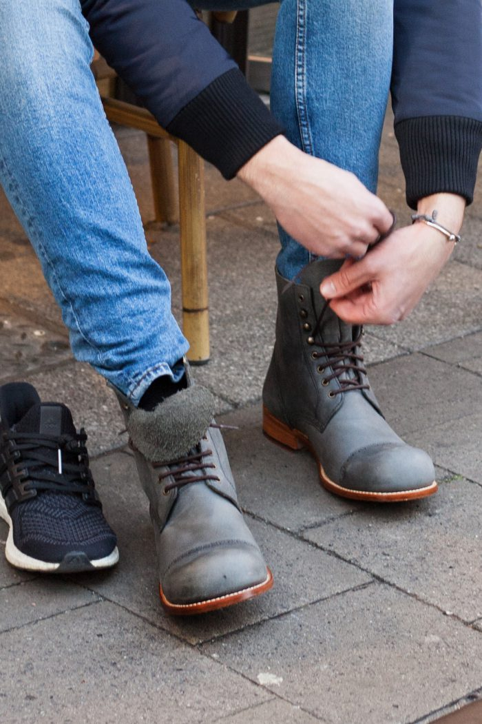 humans-in-hobos-tobias-schuhe